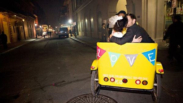 Getting married - Tour Savannah in the Royal Bike Taxi