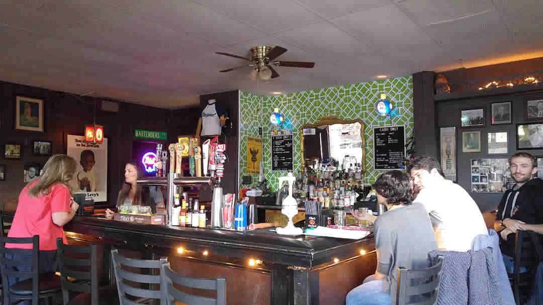 Pinkie Masters - Savannah Georgia - Best Dive Bar in Town - The Savannah Insider