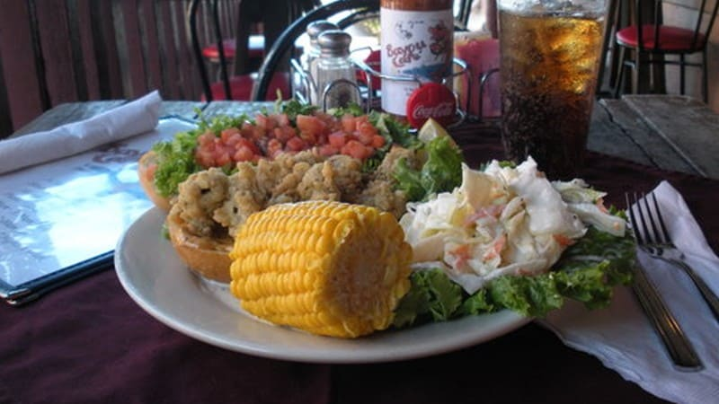 Best Food & Music Scenes in Savannah Ga - The Savannah Sip & Cycle