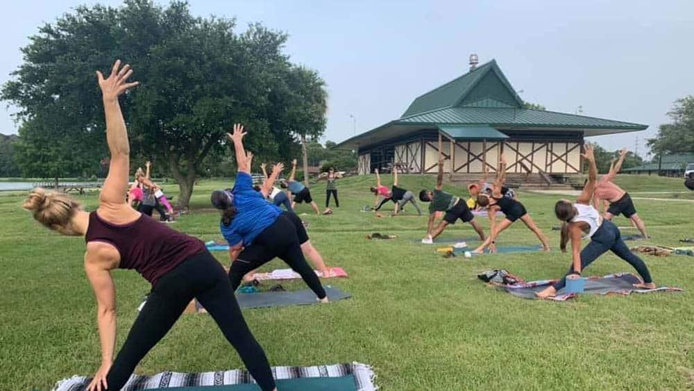 Yoga in the Park Savannah