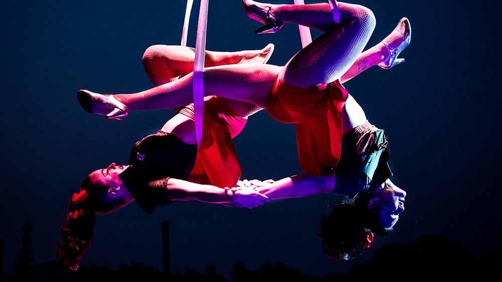 Savannah Cirque Show